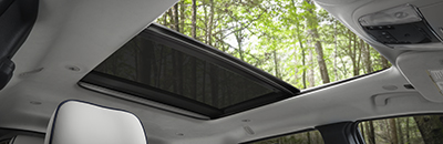 Available CommandView® dual-pane panoramic sunroof
